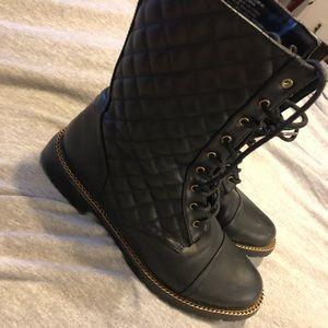 Shoe Dazzle Black Boots